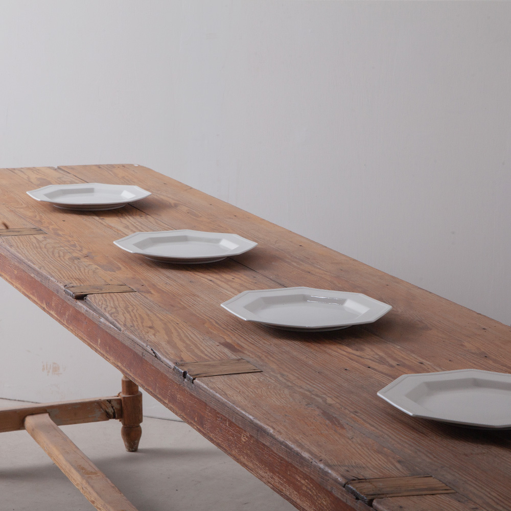"""Vintage Octagonal Dinner Plate """" Heritage """" by JOHONSON BROS"""