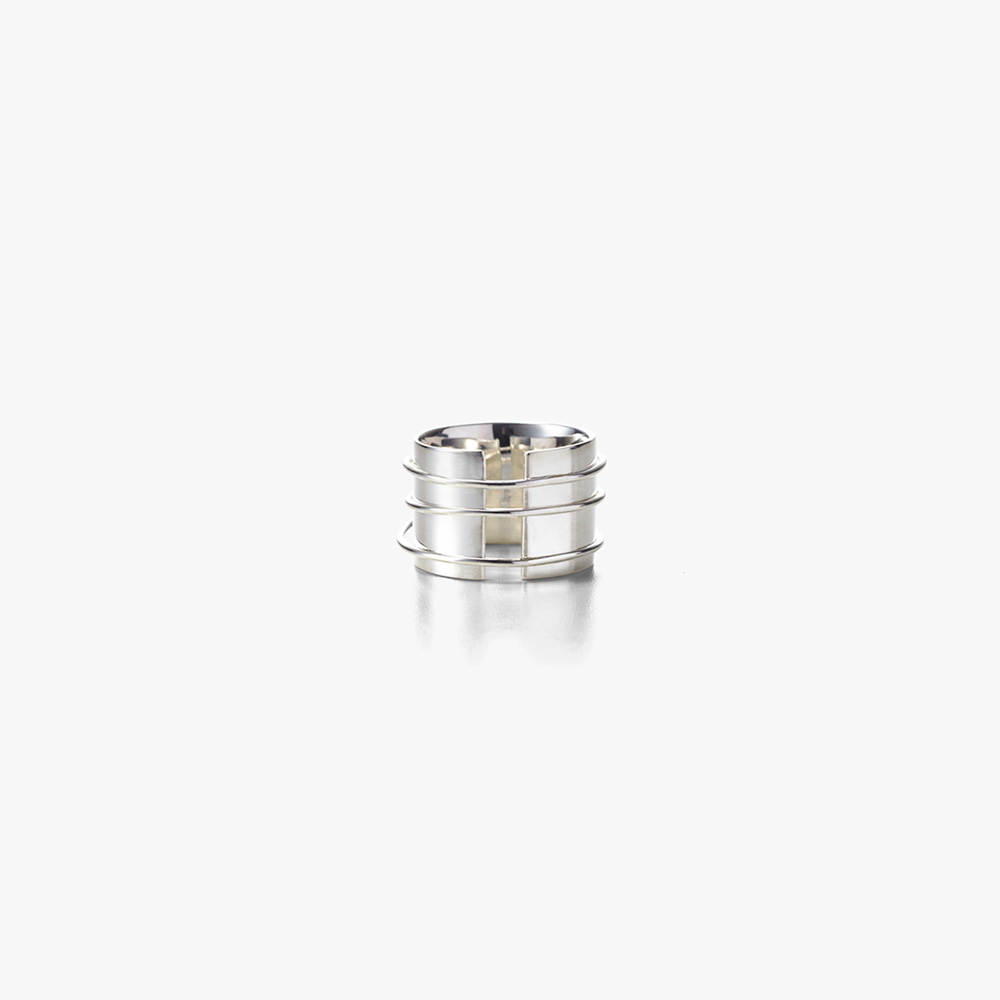 Wire Ring by ALT-S