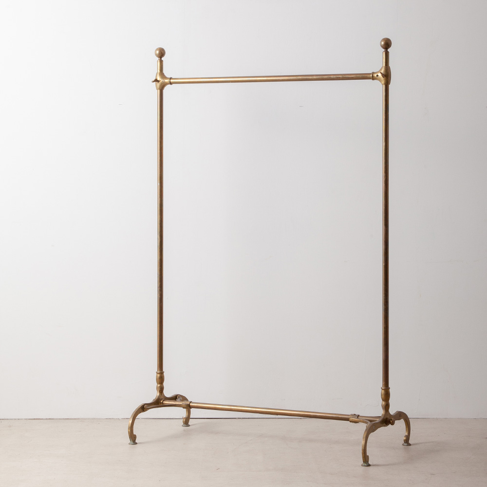 Antique Hanger Rack in Brass