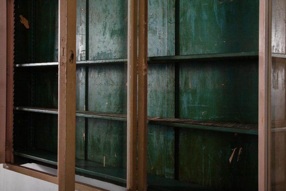 清澄白河,アンティークショップ,Antique,Vintage,Interior Design,アンティーク,ビンテージ,ヴィンテージ,家具,雑貨,インテリア,店舗什器,設計,インテリアデザイン,内装,什器,店舗設計,ギャラリー,花瓶,ガラスキャビネット,アンティークキャビネット,アンティークショーケース,アンティーク棚