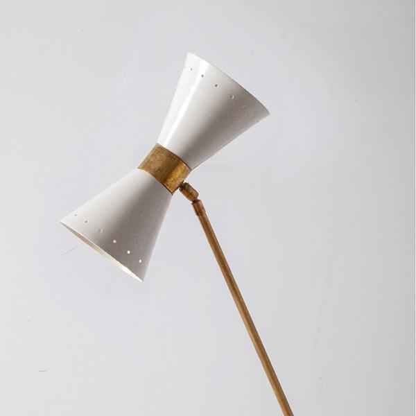 Mid-Century Modern Italian Stilnovo Style Floor Lamp in Brass and BlackWhite