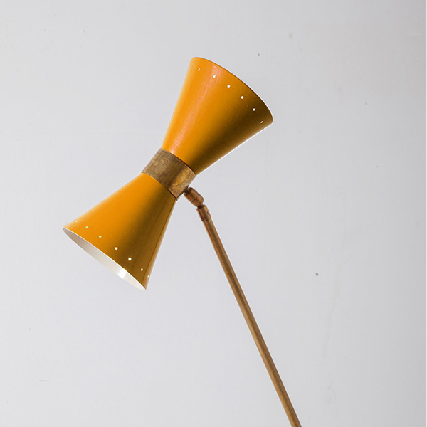 Mid-Century Modern Italian Floor Lamp by Stilnovo in Brass and Black Yellow