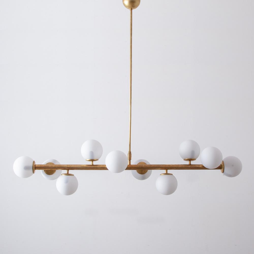 Mid-Century Modern Italian Ten-Ball Chandelier in Brass and White