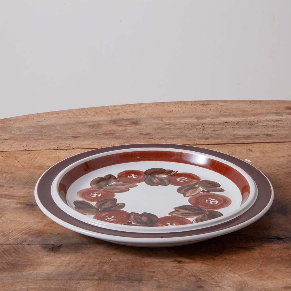 """Large Plate """"Anemone"""" for Arabia in Brown"""