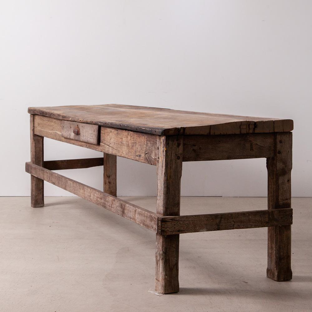 Antique Huge Table with Drawer in Oak フランスより、オーク 材から作られたアンティークの引き出し付きのロングワークテーブル。