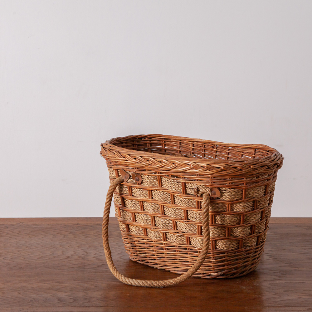 Vintage Basket in Wicker and Rope
