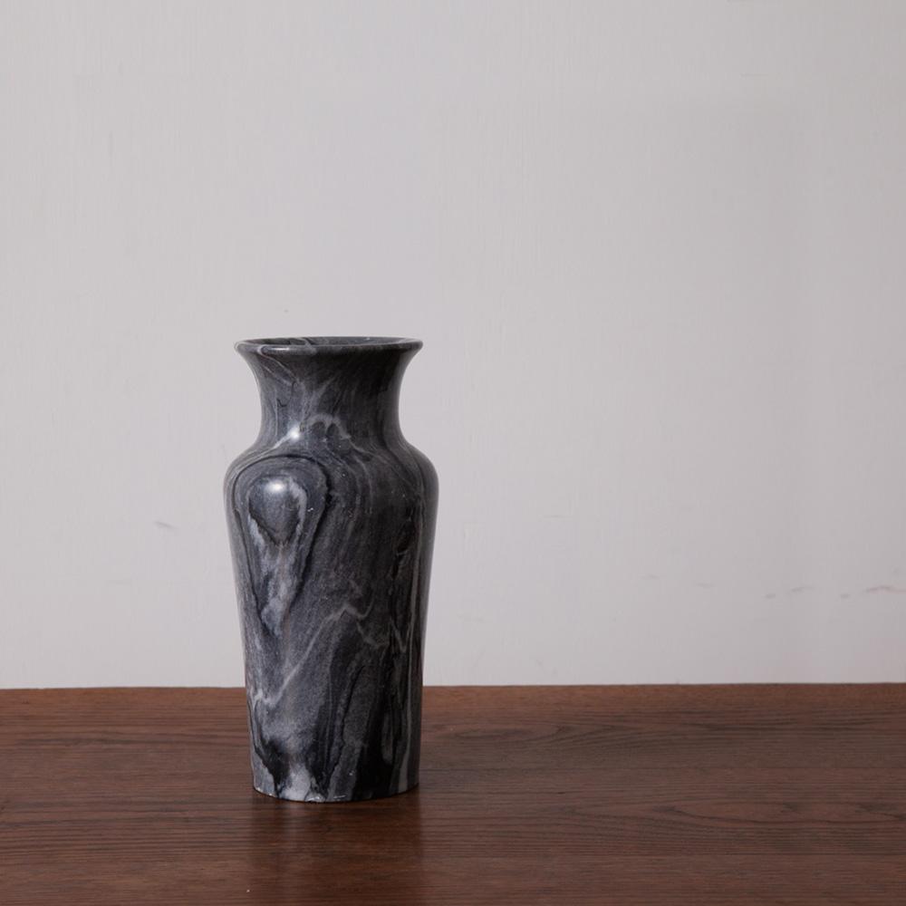 Flower Vase in Marble and Black