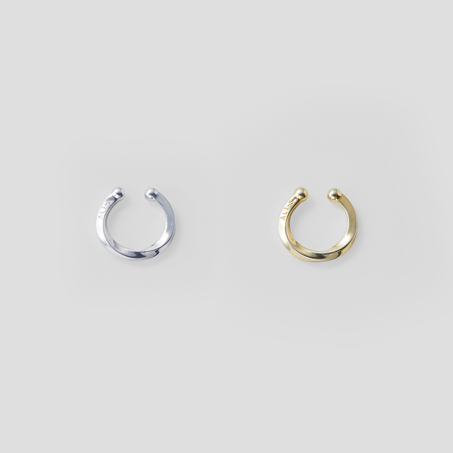 Common Ear Cuff Ring by ALT-S