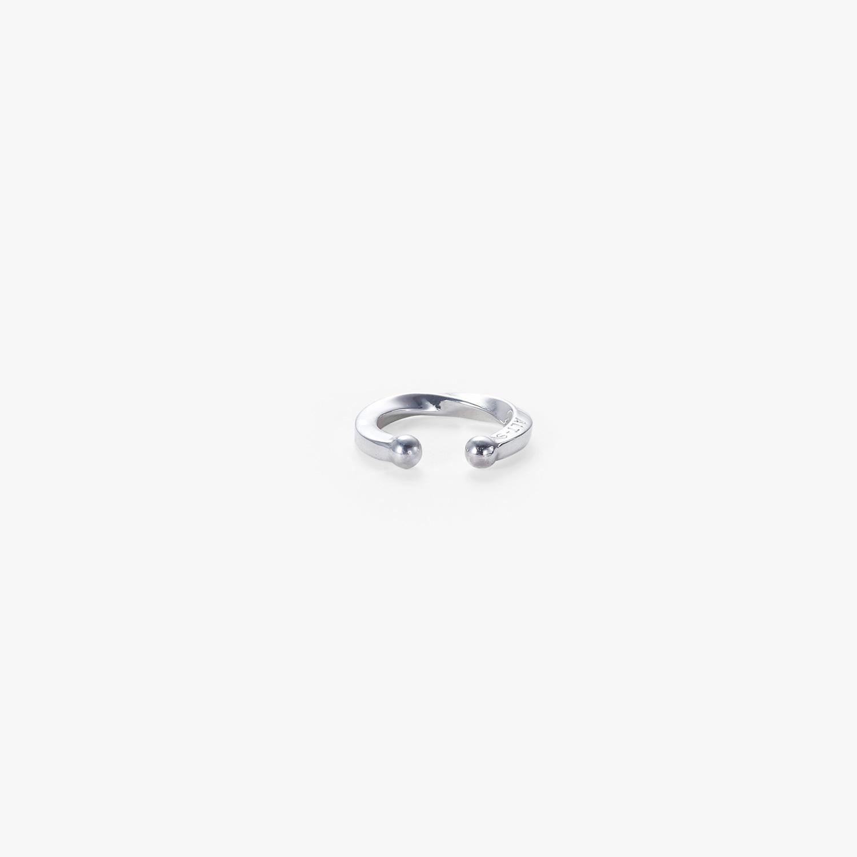 ALT-S,オルト,アクセサリー,シルバー,モード,シルバーリング,silverring,goldring,silverjewelry,シルバージュエリー,ゴールドジュエリー,earcuff,イヤーカフ,pinkyring,小指リング,miniring