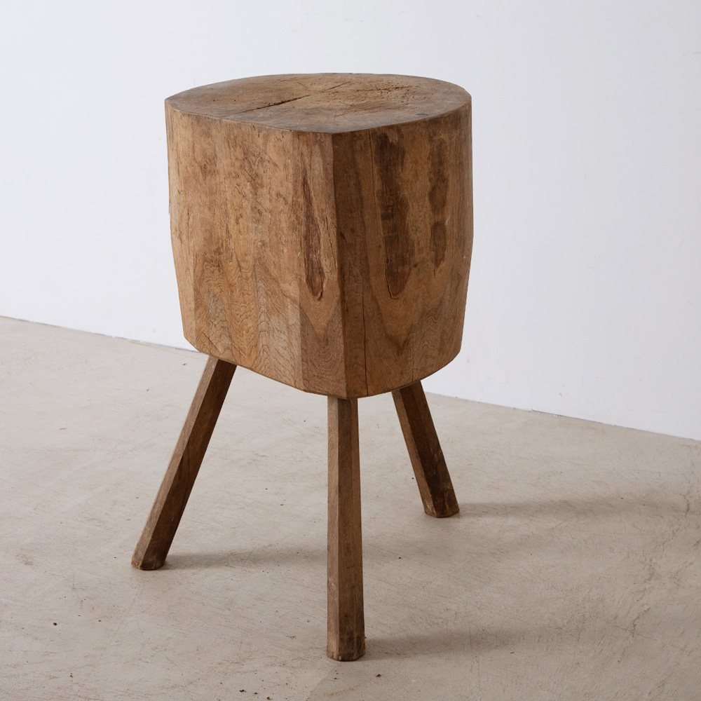 Primitive Tripod Side Table in Wood