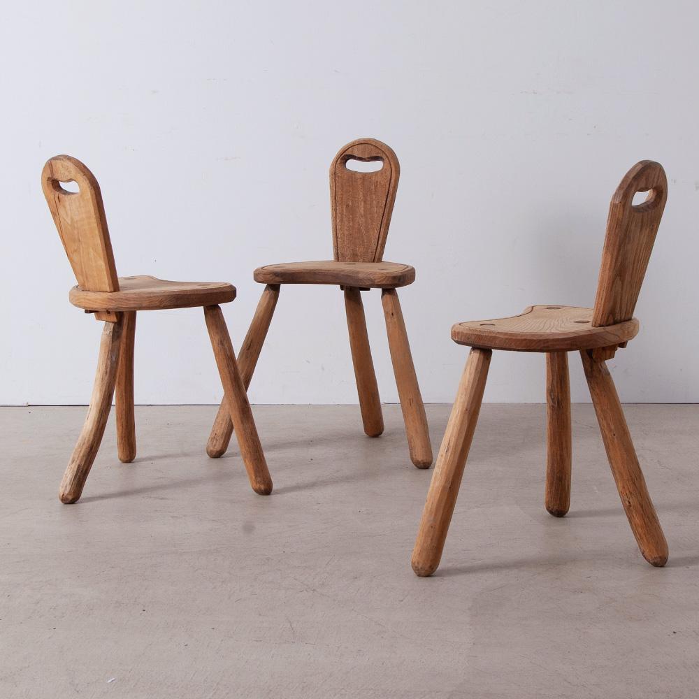 Primitive Crescent Mini Chair in Oak