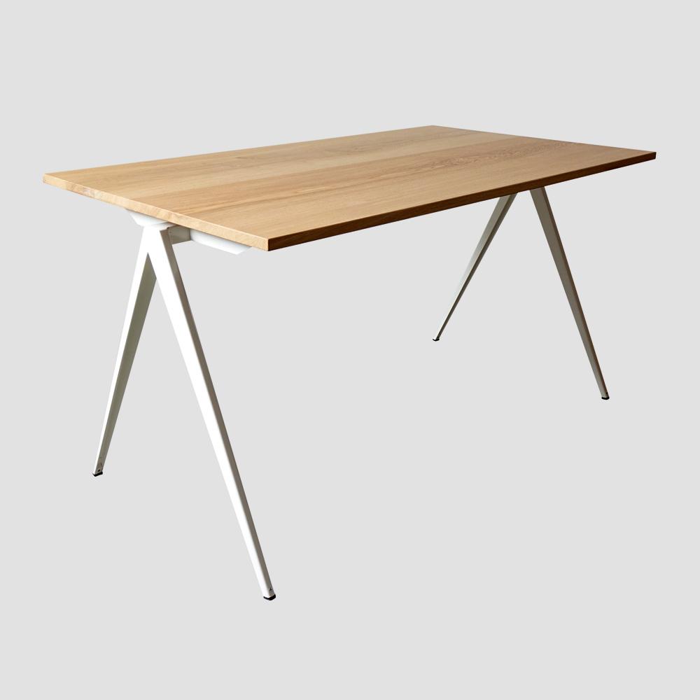 Model TD.4 Table in Black and Oak for GALVANITASWhite