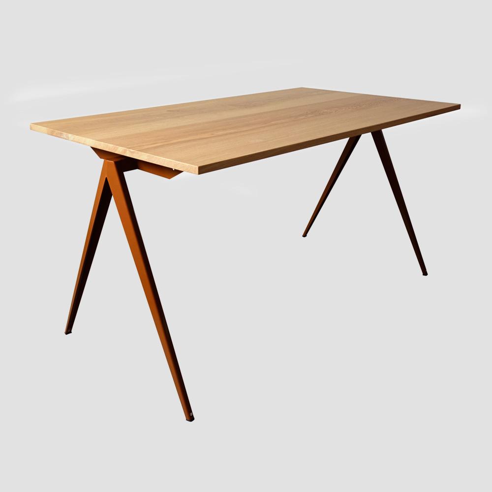 Model TD.4 Table in Black and Oak for GALVANITASOcher Brown