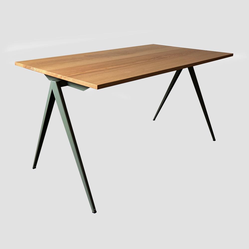 Model TD.4 Table in Black and Oak for GALVANITASCement Gray