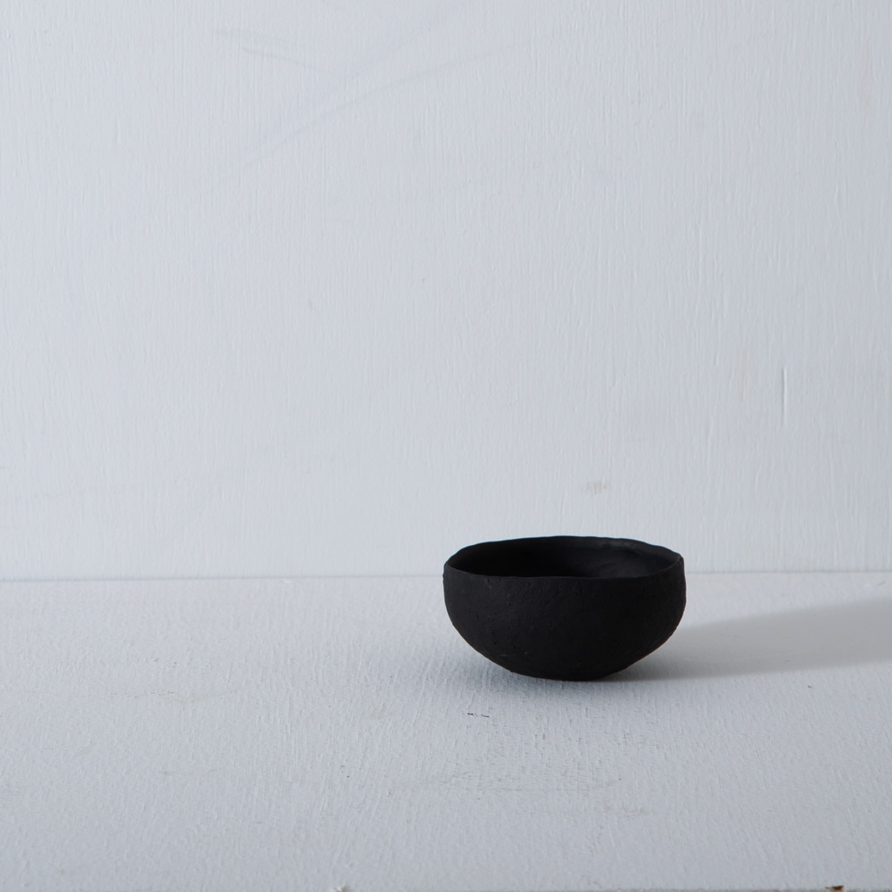 Mini Cup by Taro Tanaka
