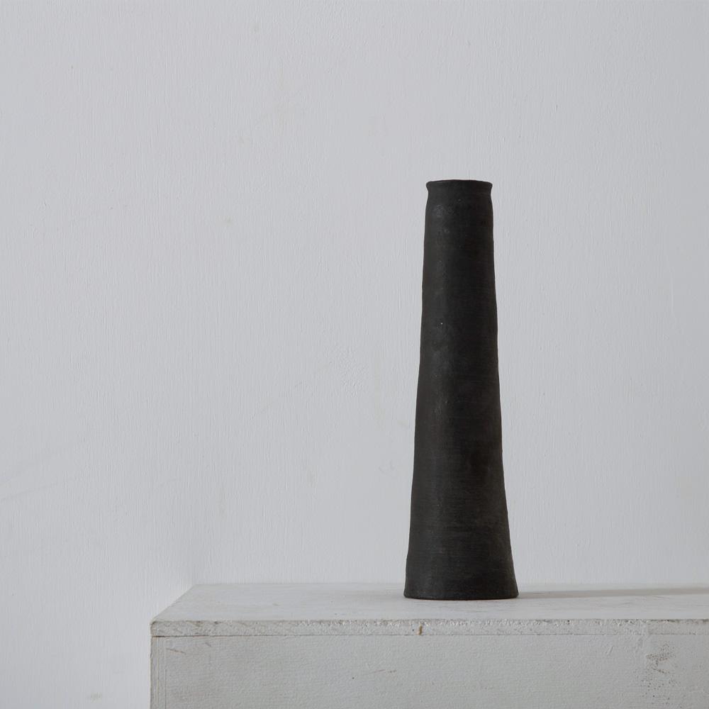 Straight Vase in Black by Taro Tanaka